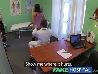 Fakehospital napakaganda bata pole dancer may Mainit body swallows ang doctors medicine