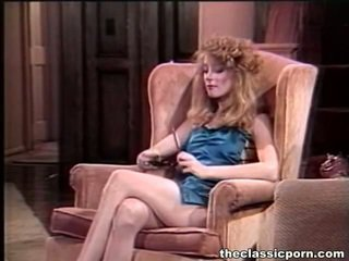 porno zvezde, porn punca in moški v postelji, stara pornografija