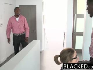 Blacked ティーン 三人組 とともに two モンスター dicks