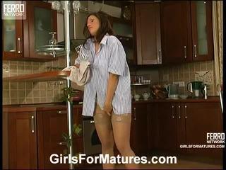 Karıştırmak arasında christie, cora, viola tarafından kızlar için kısraklar