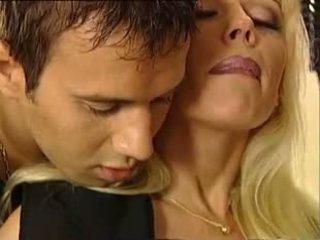 Euro 59: tasuta vanem aastakäik porno video