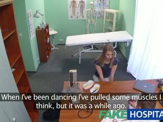 Fakehospital innocent cô gái tóc vàng gets các doctors massage