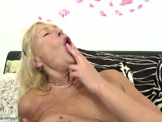 Sexy Granny Fucks Young Lesbian Teen G...