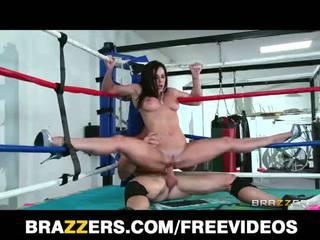 Big tit kendra lust fucks a gulat champion in the ring