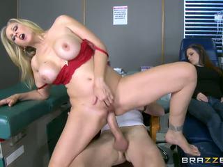 Brazzers - julia ann 是 一 熱 護士, 高清晰度 色情 b5