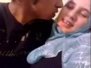 Amatorskie dubai napalone hijab dziewczyna fucked w dom - desiscandal.xyz