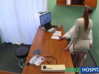 Fakehospital doktor gets kaakit-akit patients puke pamamasa
