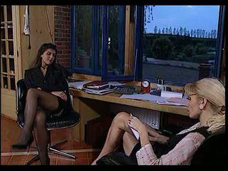 섹스 maids: 무료 포도 수확 & 프랑스의 포르노를 비디오 5a