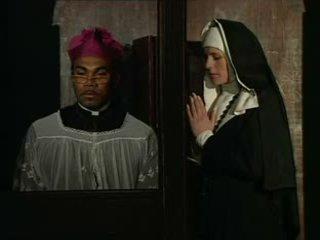 Tai vienuolė sins ir turi confess