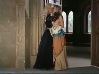 Klassinen italialainen: vapaa lesbo porno video- c5