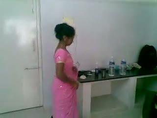 私 5 インディアン かわいい と シャイ newly 結婚した