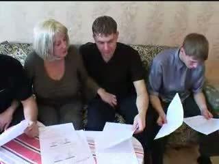 Mutter und drei sons heiß familie sex orgie