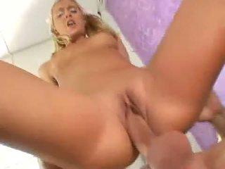 Seksowne blondynka nympo bianca pureheart slammed z thick kutas głębokie w różowy pit