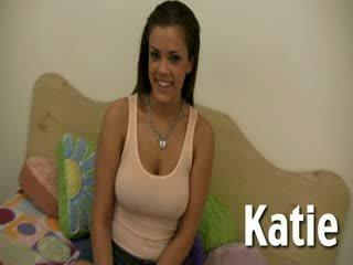 Big titty Katie Cummings gives handjob