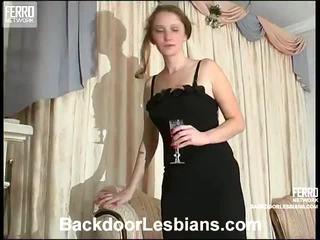 Joanna و irene مقرف الشرجي lezbo episode