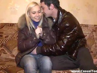 буріння підліток кицька, підлітка порно відео, маленькі груди