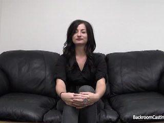 Bilik belakang pemilihan pelakon sofa