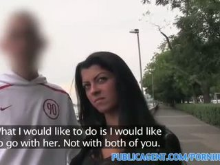 Publicagent krásne bruneta fucked v hotel ako ju bf waits vonku