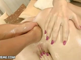 Double anal puño