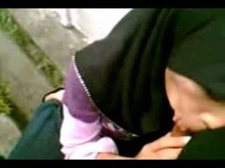 Arab muslim hijab κορίτσι πιπιλίζουν cook-sexyhijaber.com