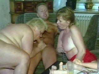 Vovó sexo a três: real vovó porno porno vídeo 4f