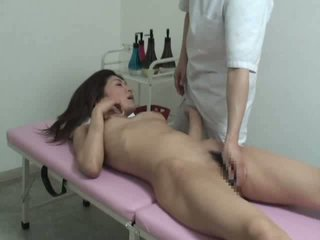 Genç yüzme çilli ile massager video