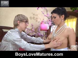 Përzierje i vids nga boys dashuria matures