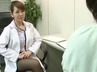 Lesbijskie gynecologist 2 część 1