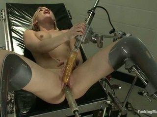 Ash hollywood gets robotic đồ chơi trong các clinic