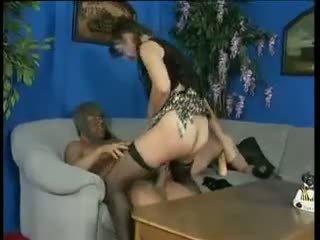 Trojice a fisting: volný tvrdéjádro porno video e0