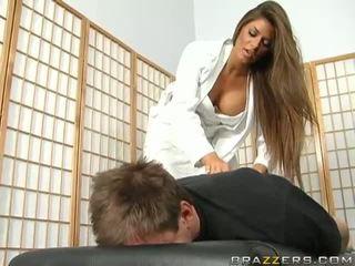 医師 madelyn marie treating コック disorder ビデオ