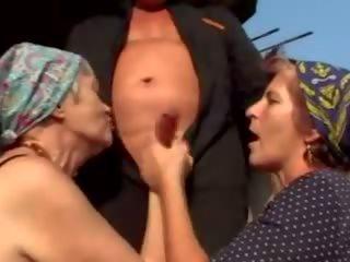 grannies, परिपक्व, ओल्ड + युवा