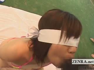 Subtitled giapponese pazzo gruppo bendata pompino gioco