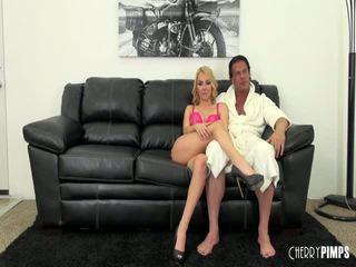 Aaliyah loves having certains chaud sexe sur webcam