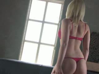 Labai karštas blondy