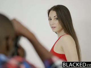 Blacked thiếu niên alexis rodriguez với hoàn hảo ass loves bbc