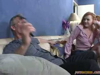 Tēvs uz likums has a liels dzimumloceklis