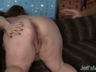 Mature BBW Lady Lynn takes on a fat cock