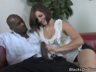 Bobbi Starr does anal with a black