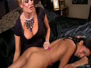 Snooping chick Caught and Fucked By A ...