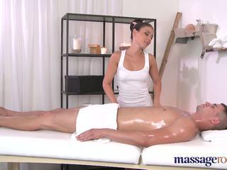 Massaaž rooms brunettes shaven tihke hole