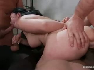 Angell Summers RAW