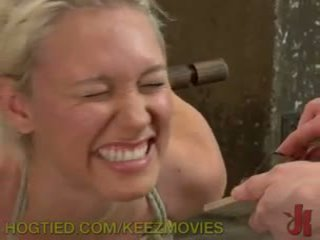 Punishing gorące blondynka cipka