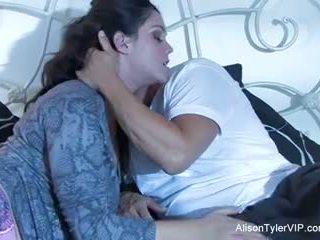 Alison tyler und sie male gigolo