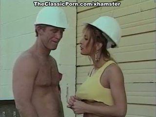 Klassinen porno elokuva kanssa a handsome bilder