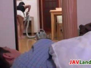 Japonesa dona de casa pleasuring dela marido