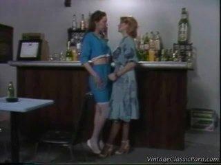 masturboi, pillua köniinsä, lesbo
