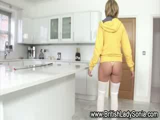 bigtits, perverssi nähdä, nähdä brittiläinen hauska