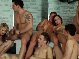 sušikti, biseksualus, orgija