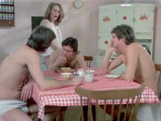 Av an amerikansk playgirl 1975 (cuckold, dped) mfm
